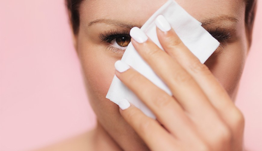 Makeup Wipes to Clean Your Face